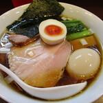 155976264 - 「醤油らーめん」(800円)+「味玉」(120円)