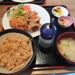 博多若鳥 - 黒から定食800円税込!