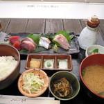 漁師御膳 (¥1,300)