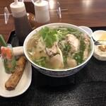 ベトナム屋台料理 ファン フォー - ランチセット濃厚鶏ガラフォー