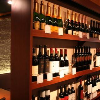 ワインの品揃えは自慢の一つ!更にBYOシステム導入しています!