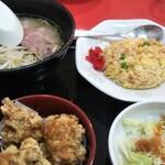 中国料理 華北飯店 - 料理写真:ラーメンセット