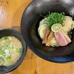 ろく月 - 料理写真:■【限定】あっさりつけ麺¥1000