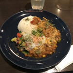 スパイスカレー旬香唐 - 旬野菜とつくねキーマ(チーズ追加)