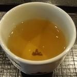 実生 - 献上加賀棒茶