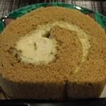 実生 - 棒茶ケーキ
