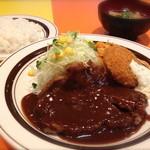 キッチンABC - 2番 ポークソテー(デミグラスソース)とカニクリームコロッケ(タルタルソース)(ライス&スープ付) ¥880