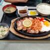 ドライブインきんかい - 料理写真:焼肉定食。
