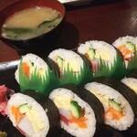 良酒屋 握 - 巻き寿司めっちゃ美味しかった