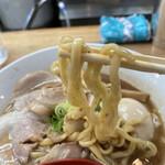 156091850 - 麺は中太麺
