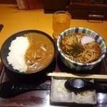 高田屋 - カレー丼とそばのセット680円