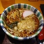 高田屋 - ランチセットにつく温かい蕎麦