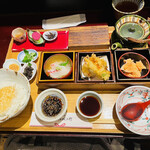 銀座米料亭 八代目儀兵衛 - 三種のお茶漬け 銀シャリ御膳(1,760円)