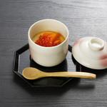 Sushi&Bar 琴 - 記念日コースの茶碗蒸し(※仕入れの状況により、お写真と内容が異なる場合がございます。お問い合わせ下さい)