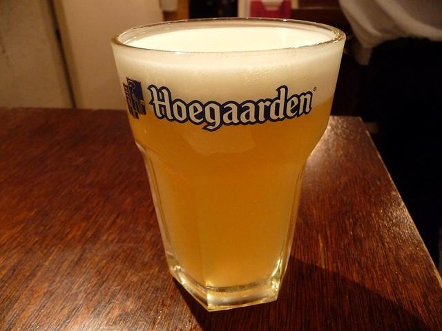 立飲酒場 富士見バル - ヒューガルデン ホワイト(2012/10/31撮影)