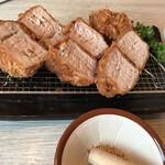 とんかつ串かつ春日 - 豚ヒレカツ単品1760円(´∀`)