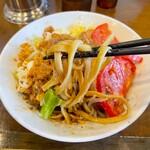麺屋 歩夢 - 自家製麺の太麺