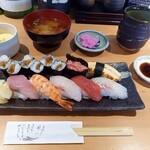 寿司ダイニング甚伍朗 - にぎりランチ