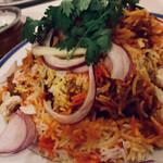 バスーデブ - チキン・ビリヤニ ディナー セット(他にサラダとドリンクが付きます♪)