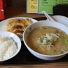 宝塔 - 料理写真:2012.10 大餃子3本、ライス、半ラーメンのセット(900円)、50円加算して半ラーメンを辛味噌に