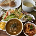 モレット - ★デリプレートランチ ¥1,265(税込)  スープには柔らかく煮込まれたセロリがたくさん入っていました。(セロリ好き❤️)