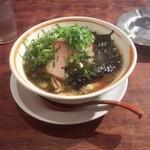 ラーメン八角 - 姫路醤油ラーメン(ねぎ大盛り)