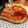 洋食屋 - 料理写真:このボリューム感