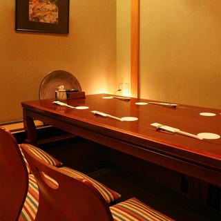 西麻布「利久。」では個室をご用意して予約お待ちしております。