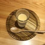 匠人 いとう - 無料サービスの杏仁豆腐