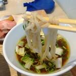 156324085 - 麺リフト ♪