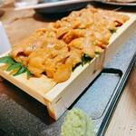 浜焼酒場 魚○ -