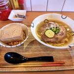 島豆腐と、おそば。真打田仲そば - 元味 田仲そばと島豆めしセット 上から