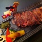 熊屋 - 国産黒毛和牛のステーキ
