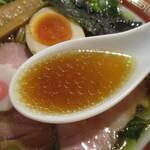 拉麺いさりび&覓茶 - 甘み強めの和風醤油スープ!
