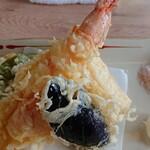 松よし - 天ぷらはサクッと揚がっててよかった