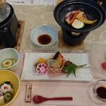 呉羽ハイツ - 料理写真:夕食 旬遊コース 全景