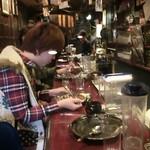 和レー屋 南船場ゴヤクラ - 『鬼越え』全掛けサクッと注文してた女の子旨そうに食べてましたョ女性で越え全掛け初めて見た女性