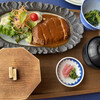 丸駒温泉旅館 - 料理写真:ハンバーグ定食