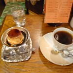 モトマチ喫茶 - ブレンドコーヒーとカスタードプリン