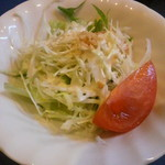 融合料理 まごころ - ランチのサラダ