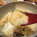 豆腐庵 さらら - 生湯葉丼をパクリ