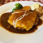 ハーベスト - 料理写真:チーズハンバーグ(2種のチーズ)と帆立のクリームコロッケ