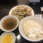 チャイナ飯店 - 料理写真:ホイコーロー定食