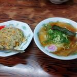 好きやめん - 料理写真:半チャンセット850円