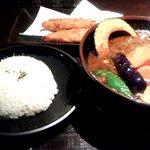 ラグーン - 厚切り豚バラ肉のポークスープカレー&白身(魚)フライ