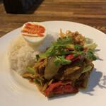 タイ料理 スワンナプームタイ - パットプリックゲンタイ(アップ)♪