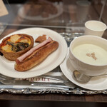 156450029 - キッシュ&ジャンボンコンテ&本日のスープ