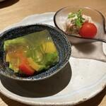 156456369 - 前菜の野菜ゼリーとポテトサラダ