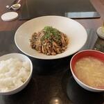Tokyoshinowakamiko - よだれ鶏ランチ