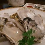 BAR INSIDE SATIE - 志摩市磯部町より佐藤さんの的矢牡蠣